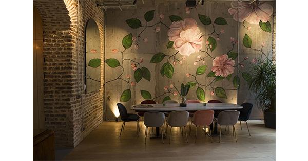 White Mill Cafe modern dekorasyonu ile her mevsim renkli