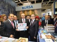 BAKAN ÇAVUŞOĞLU 'ULU ŞEHİR' STANDINDA